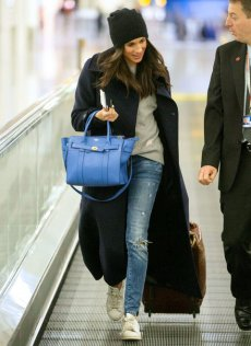 03-meghan-markle-airport-style_0_0_0