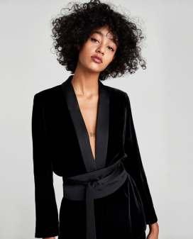 kimono-black-velvet-blazer